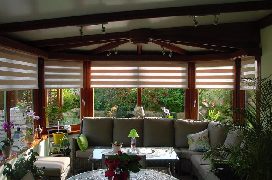 store enrouleur pur et design. Black Bedroom Furniture Sets. Home Design Ideas