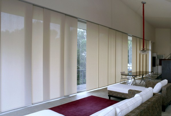 des panneaux japonais pour un peu de fantaisie. Black Bedroom Furniture Sets. Home Design Ideas
