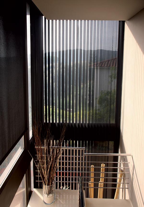 un store pliss qui vous prot ge du froid rue du store. Black Bedroom Furniture Sets. Home Design Ideas