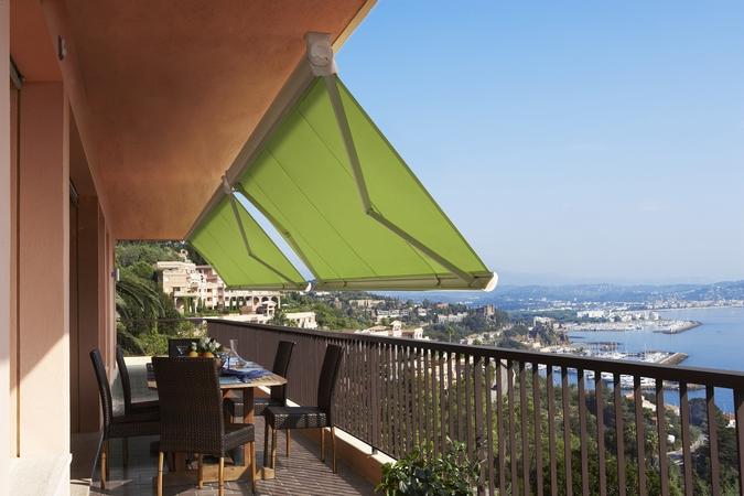 store banne balcon bord de mer