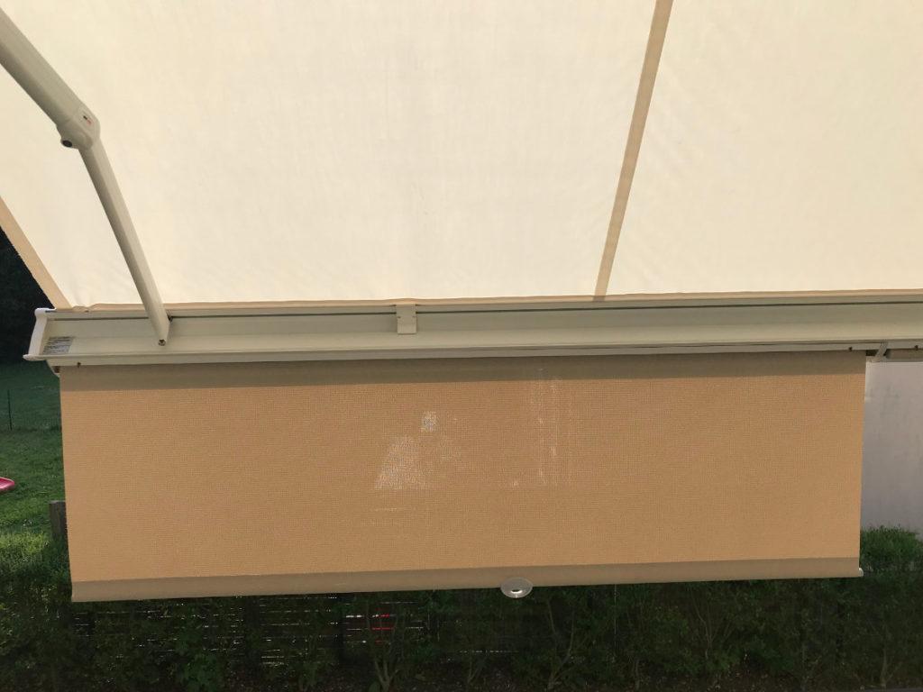 store banne avec lambrequin enroulable beige chanvre