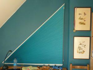 store-plisse-triangle-rectangle-deplie