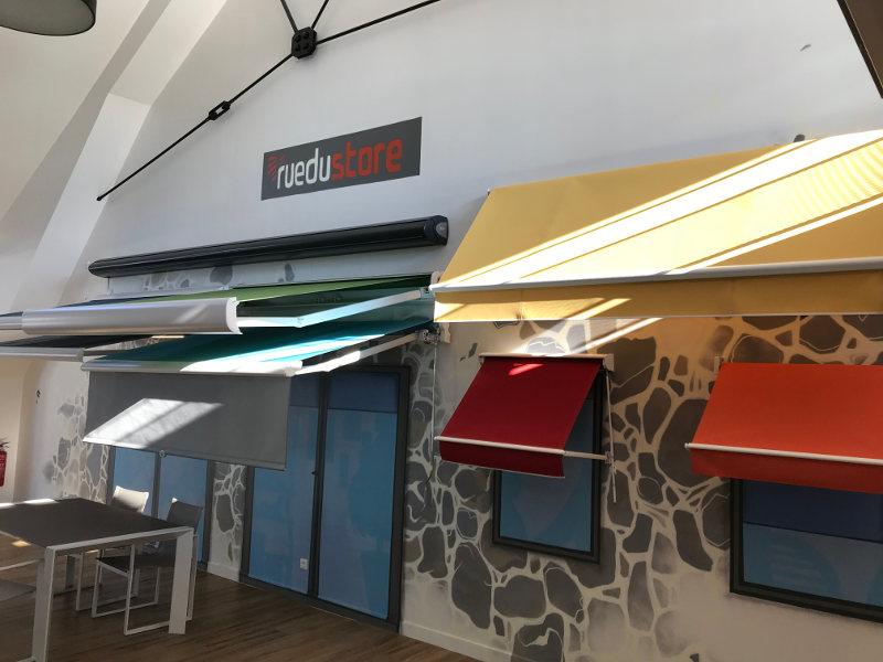 stores-bannes-showroom